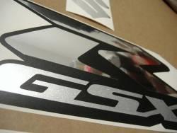 Suzuki GSX-R 600 chrome graphics