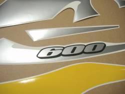 Suzuki gsxr 600 2002 jaune autocollants