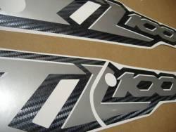 Suzuki TLR 1000 V-twin 2001 red complete decals set