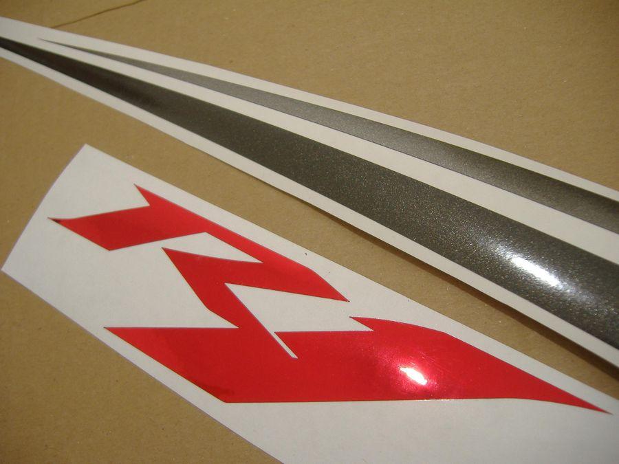 Yamaha YZF-R1 2009 (RN22 14b) decals set - white/red EU version - Moto-Sticker.com