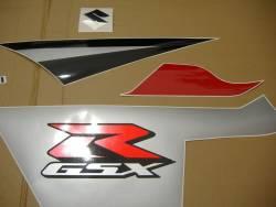 Suzuki GSX-R 600 K5 red logo graphics