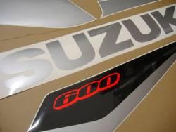 Suzuki GSXR 600 2005 red decals