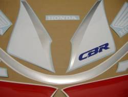 Honda 600 F2 1991 white logo graphics