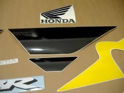 Honda 600 F4i 2002 yellow logo graphics